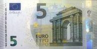 ۵ یورو